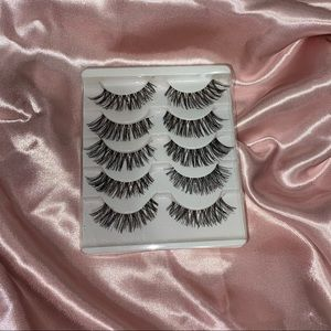 5-Pack of Lashes 🖤